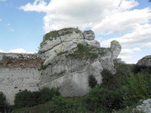 Zamek Olsztyn fragmen muru 1024x768